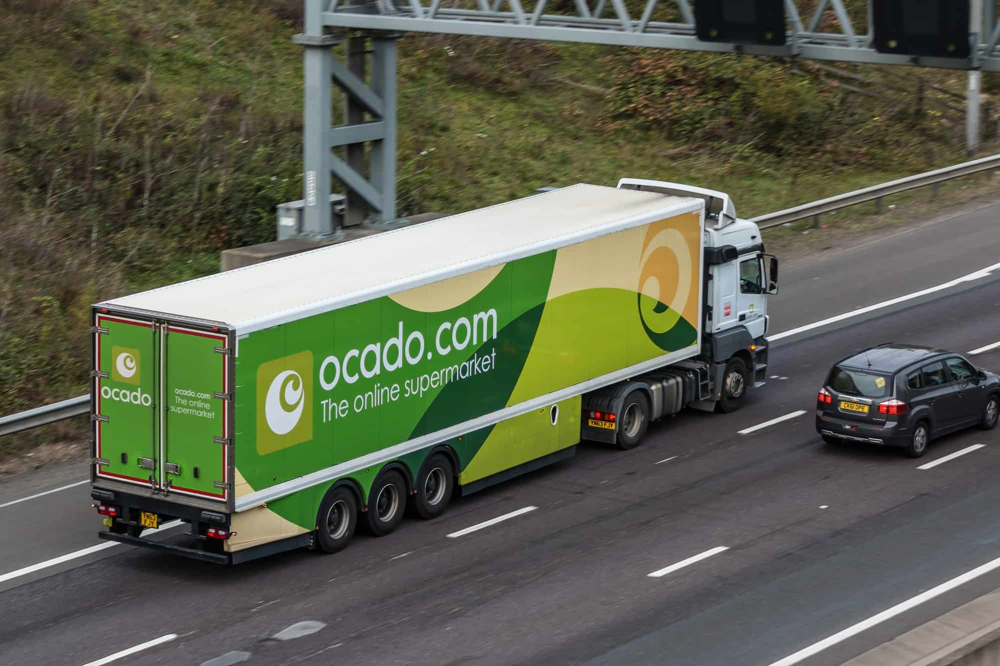Ocado joins forces with Japanese grocer Aeon